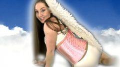 Your Flatulence Angel – Gassy Fartian Angel Kristi Rips Heavenly Farts For You